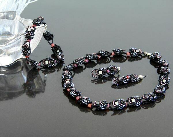 """Set of lace jewelry """"Mari"""""""