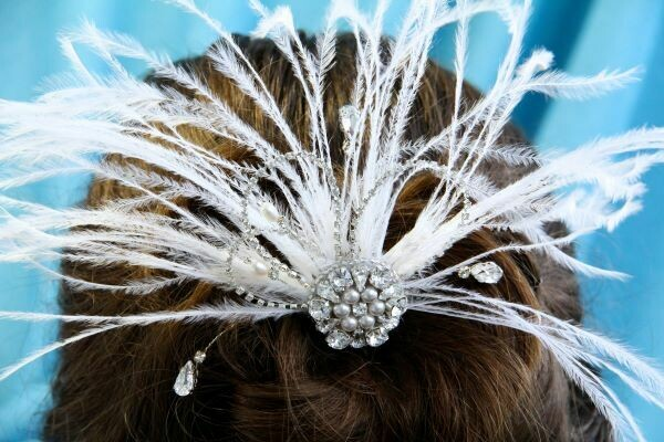 "Hair accessory with crystals ""White"""