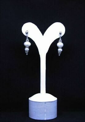 ​Earrings with pearls