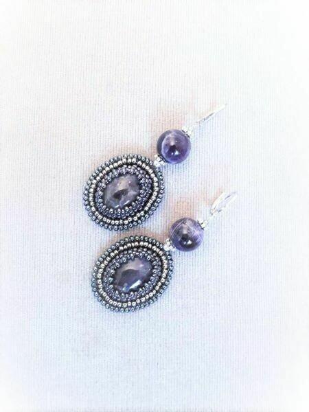 Earrings with amethyst