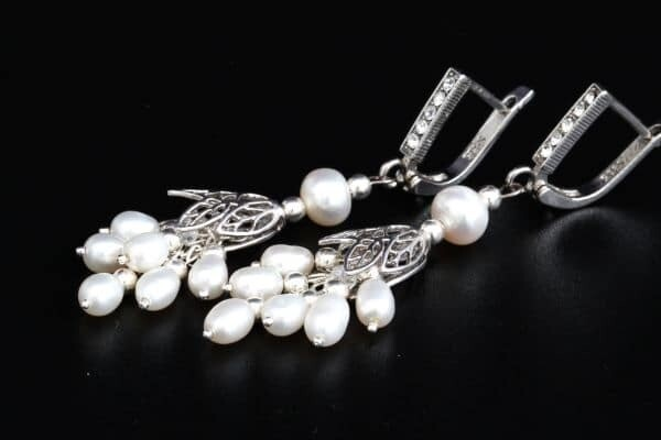 "​Earrings with natural pearls ""Bianca"""