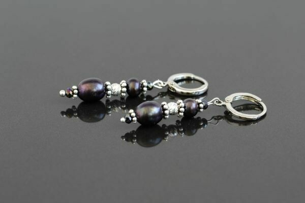"​Earrings with natural pearls ""Violet Pearls"""