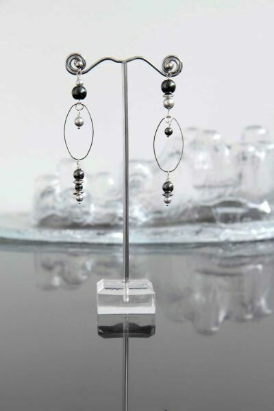 "​Earrings with pearls ""Minimalist"""