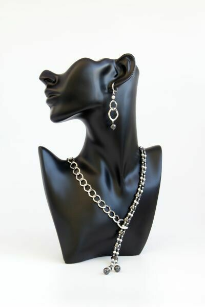 "Set with pearls and hematite ""Adeline"""