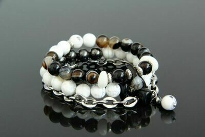 "Set of bracelets made of natural stones ""Jadi"""