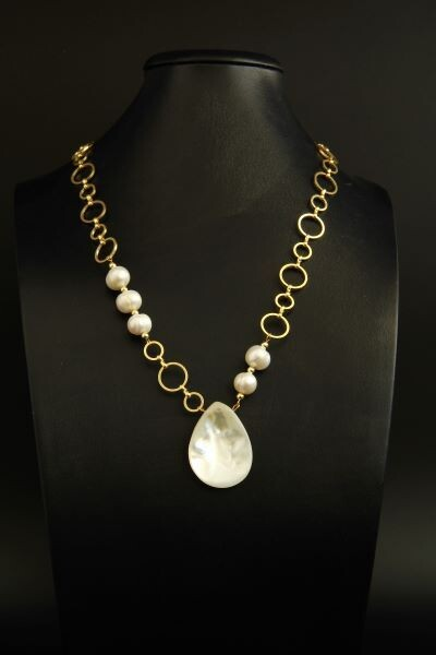 """Necklace-chain with pearls """"Jacqueline"""""""
