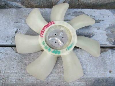 Крыльчатка. До 02г. RAV 4 2000-2005 (б/у)