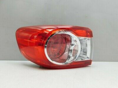 Рестайлинг с 2010г. Трещинка на стекле. См. фото. Corolla E15 2006-2013 (б/у)