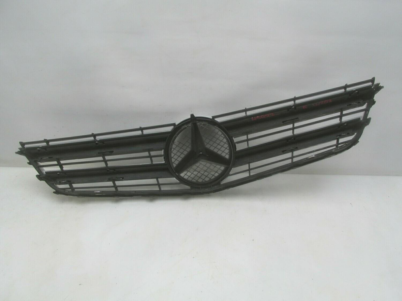 Дефекты, трещины. См. фото. E-Klasse W207 Coupe 2009> (б/у)