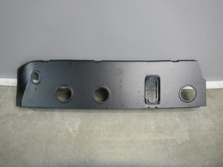 Оригинал Mercedes Benz. Опора панели кузова. Без заводской упаковки. Sprinter 1995>(+Sprinter Classic) (новая)
