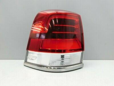 Рестайлинг с 2015г. LED. Дефект, трещина на стекле. См фото Land Cruiser (200) 2008> (б/у)