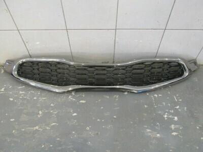 ProCeed 3х дверн. купе. Незначительная трещинка снизу на хроме. См. фото. Ceed 2012-2018 (б/у)