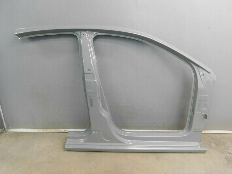 Оригинал VAG. Часть правой боковины. Polo Sedan 2011-2020 (б/у)