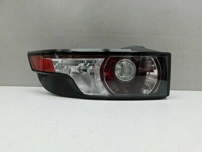 Мелкие трещинки на стекле. См фото. Range Rover Evoque 2011-2019 (б/у)