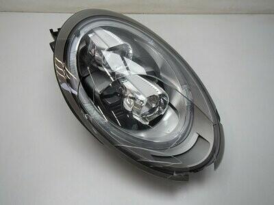 LED. Дефект стекла и нижнего отражателя. См фото Porsche 911 (991) 2012> (б/у)