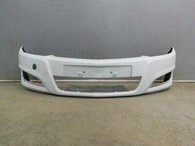Рестайлинг с 2007г. 5 дверн/седан/универсал. Отремонтирован небольшой дефект. Astra H 2004> (б/у)