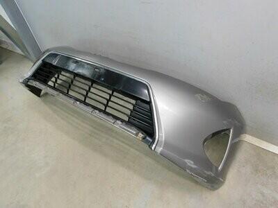 В сборе с решеткой. Отремонтирован незначительный дефект. Auris E18 2012> (б/у)