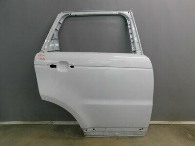 Отремонтирован незначительный дефект Range Rover Sport 2013> (б/у)
