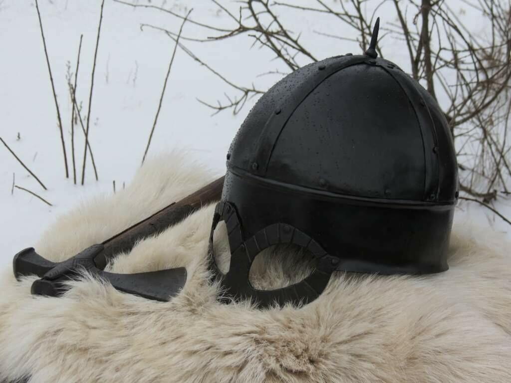 Viking battle helmet / historical Gjermundbu Viking Helmet Reconstruction / Museum quality Replica with Ancient look