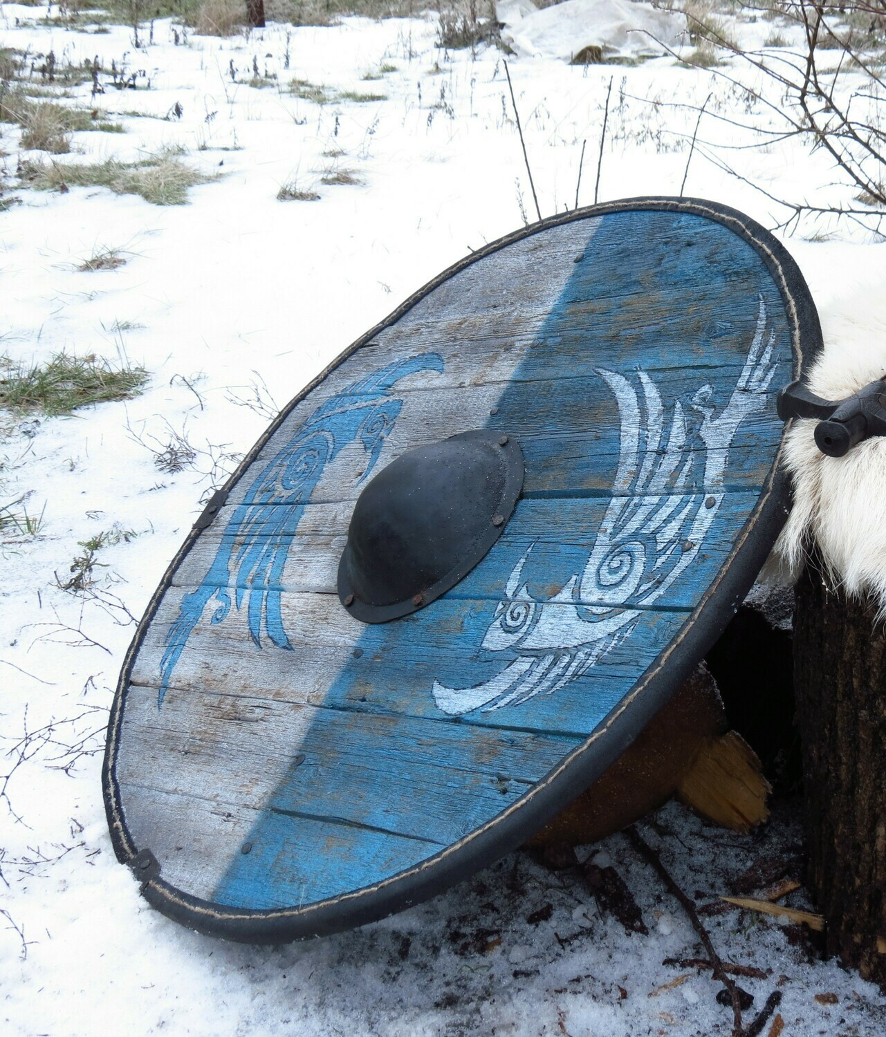 Viking Round Shield, Fully Functional Battle Shield Replica with Ancient look, D. 80 cm.