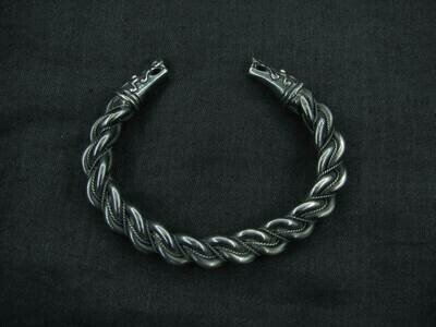 Massive Twisted Gotland Bracelet / Oath Ring with Dragon Heads Terminals, Sterling Silver, Handmade