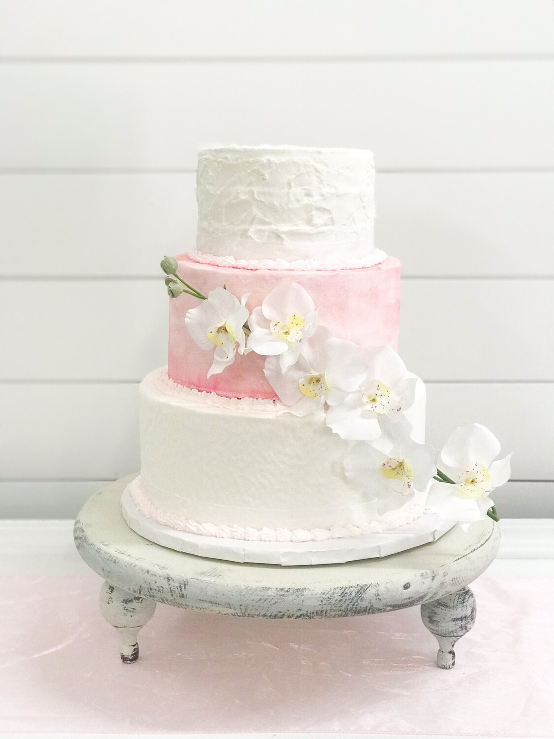 White Wood Distressed Cake Stand