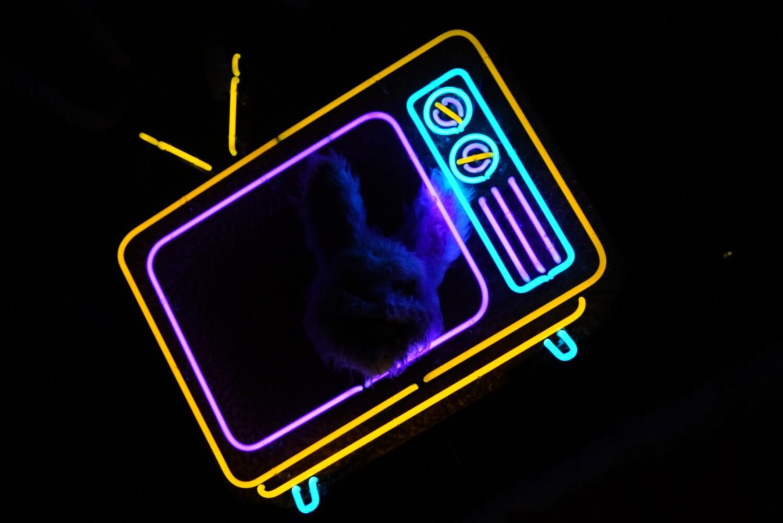 Retro TV Neon Artwork | Neon Light Sign