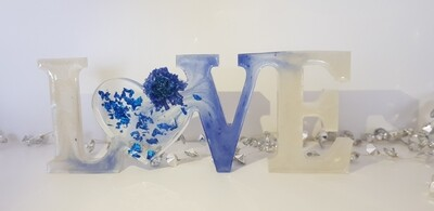 LOVE white/blue