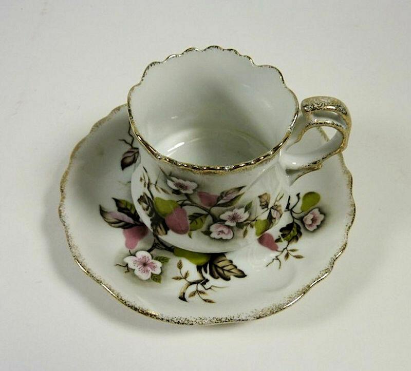 Lefton NE4254 Vintage Cup and Saucer Set