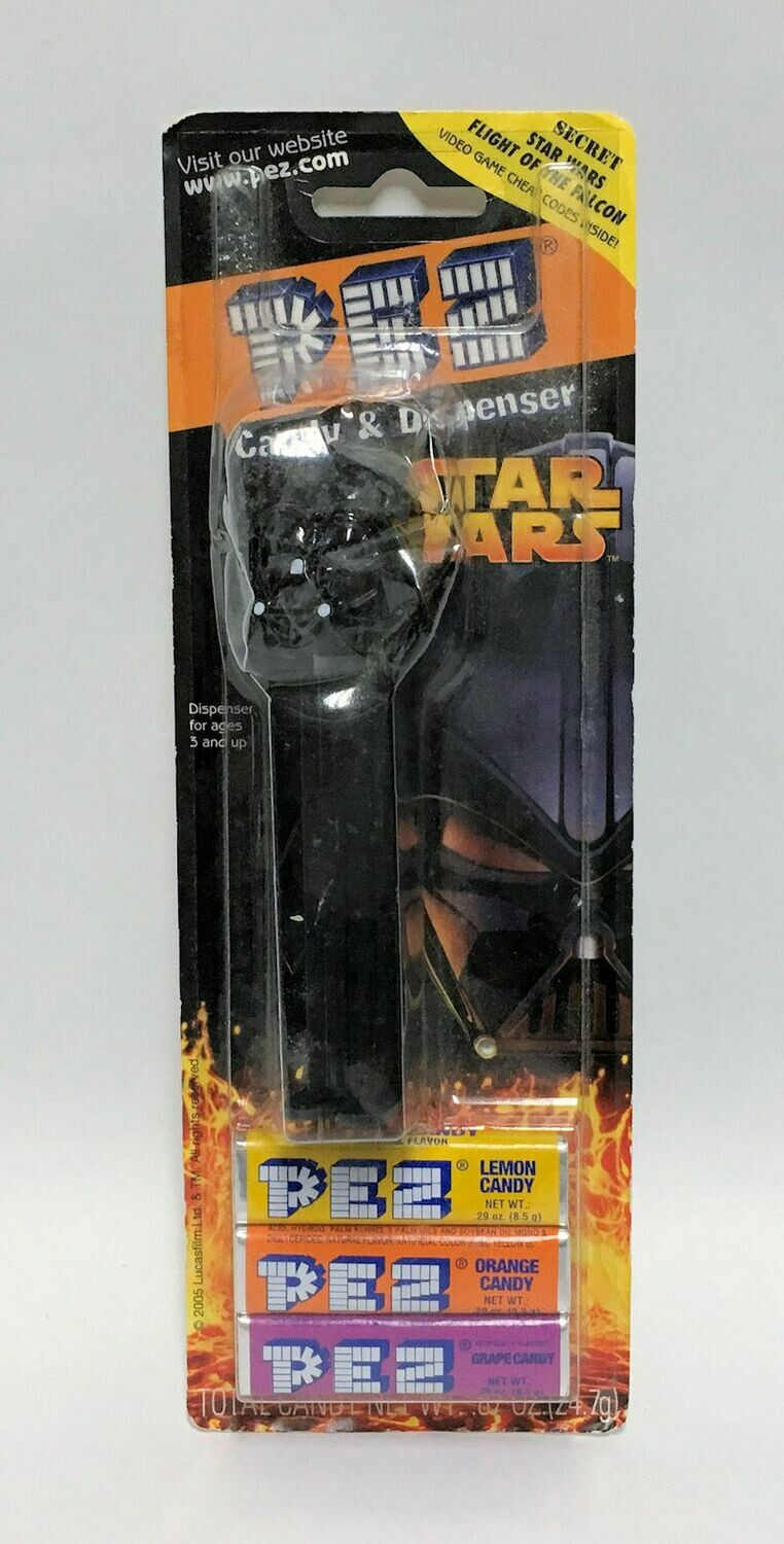 Star Wars Pez and Pez Candy Dispenser Darth Vader 2005 New Sealed