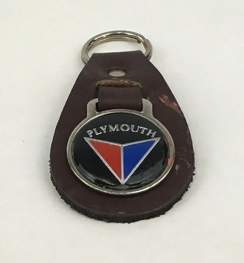 Plymouth Valiant Medallion Brown Leather Key Ring