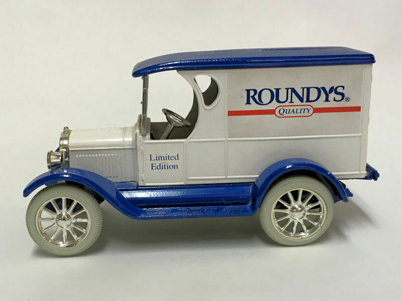 Ertl Die-Cast 1/25 Scale Roundys 1923 Chevrolet Delivery Van Bank w/Key - 1990s