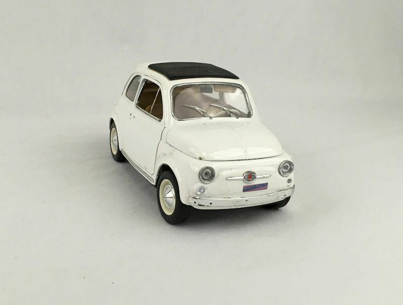 Burago Fiat 500 1/16 Scale Toy