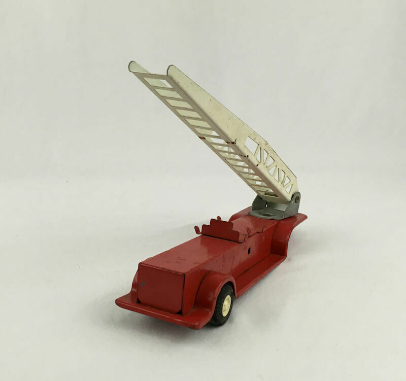 TONKA 1970s Fire Truck Aerial Ladder Trailer Pressed Steel Toy