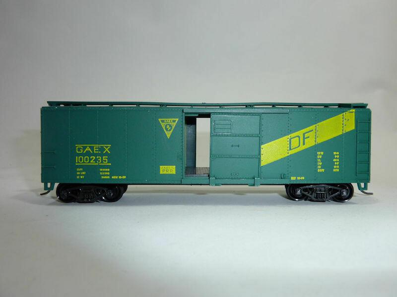 HO Gauge GAEX / PRR 100235 Box Car.