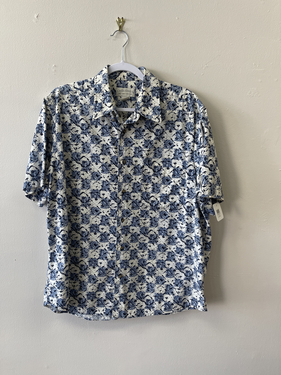Crossing Short-Sleeved Shirt, Size  L