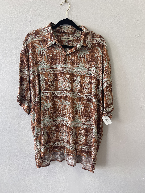 Munsingwear Terra Cotta Tropial Shirt, Size XL