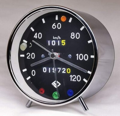 Trabant 601 Round Alarm Clock