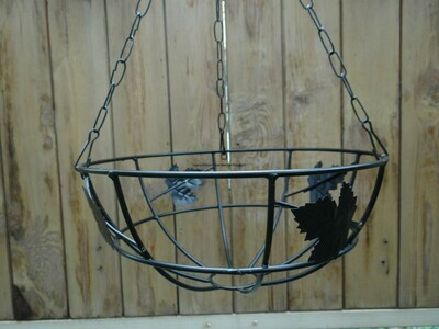 Metal hanging Leafy 10 inch