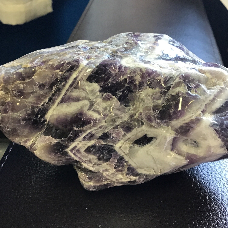 Chevron Amethyst Large