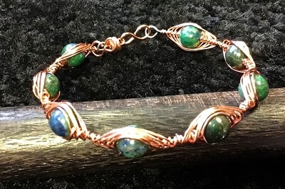 Green Stone Weave Copper Bracelet With Magnetic Clasp