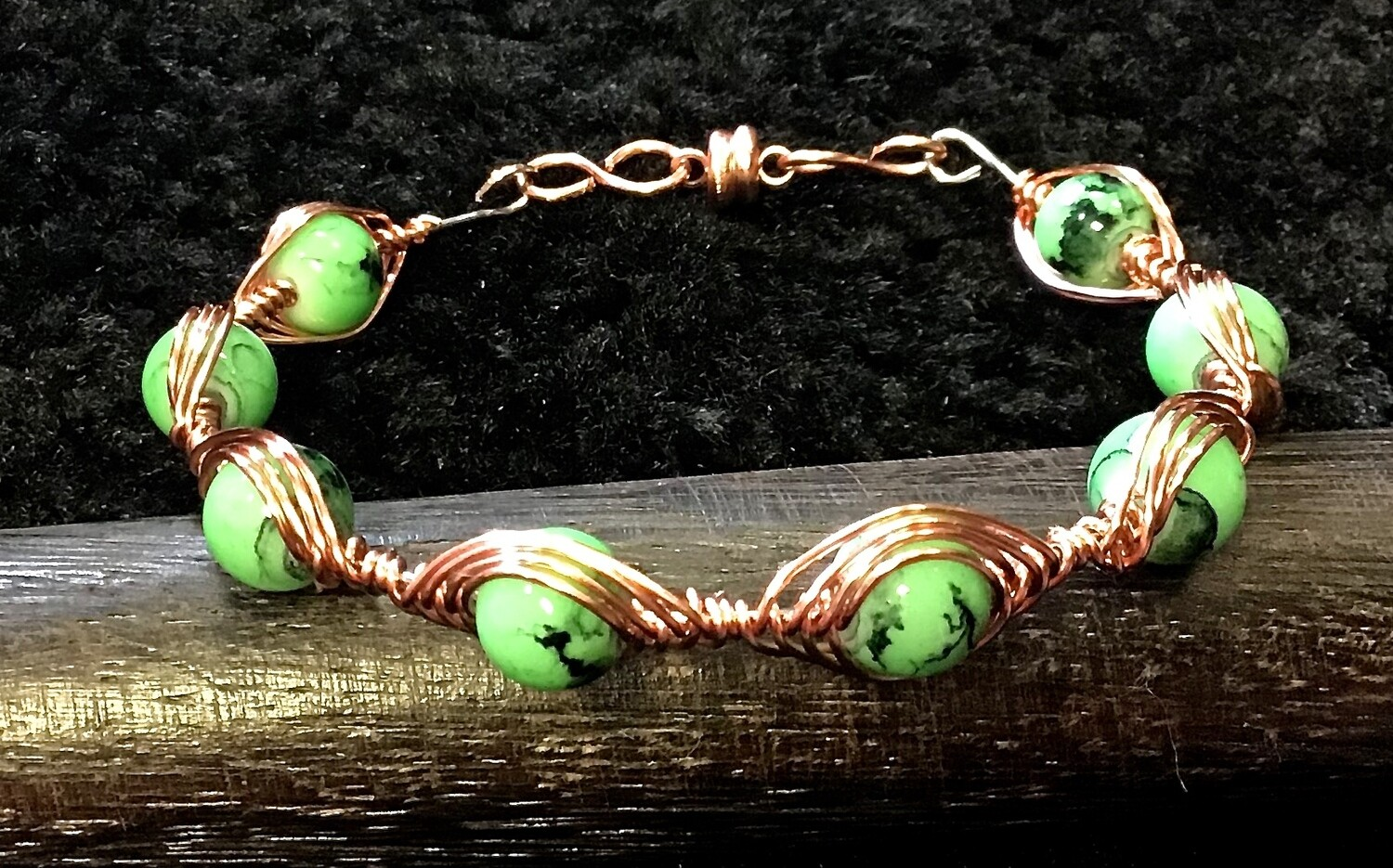 Stone Weave Bracelet Bright Green With Magnetic Clasp