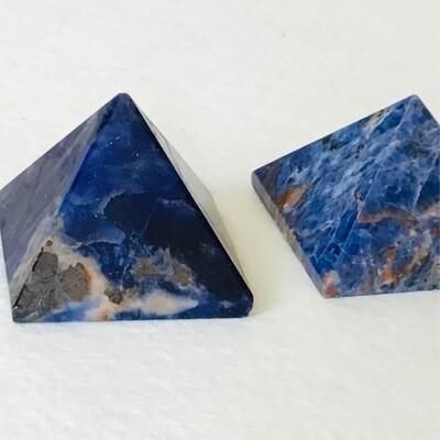 Sodalite Pyramid 34-37 mm
