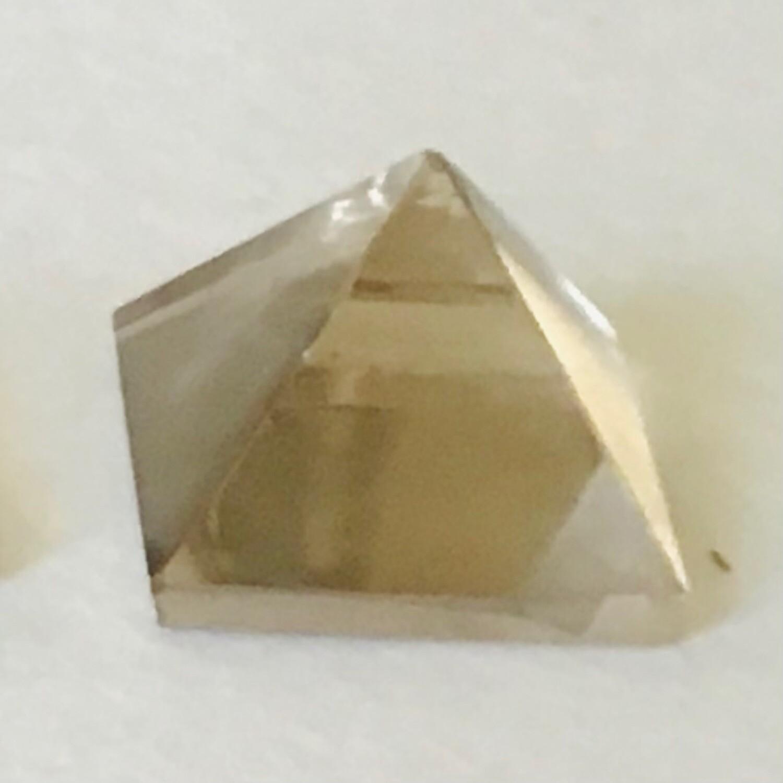 Smokey Quartz 23-28mm Pyramid