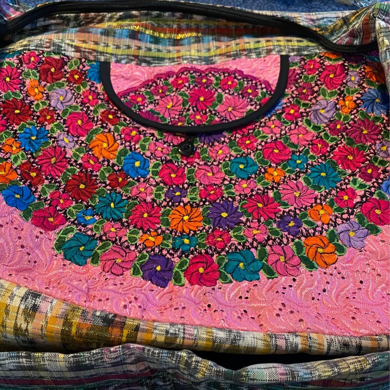 Embroidered Hand Bag Pink