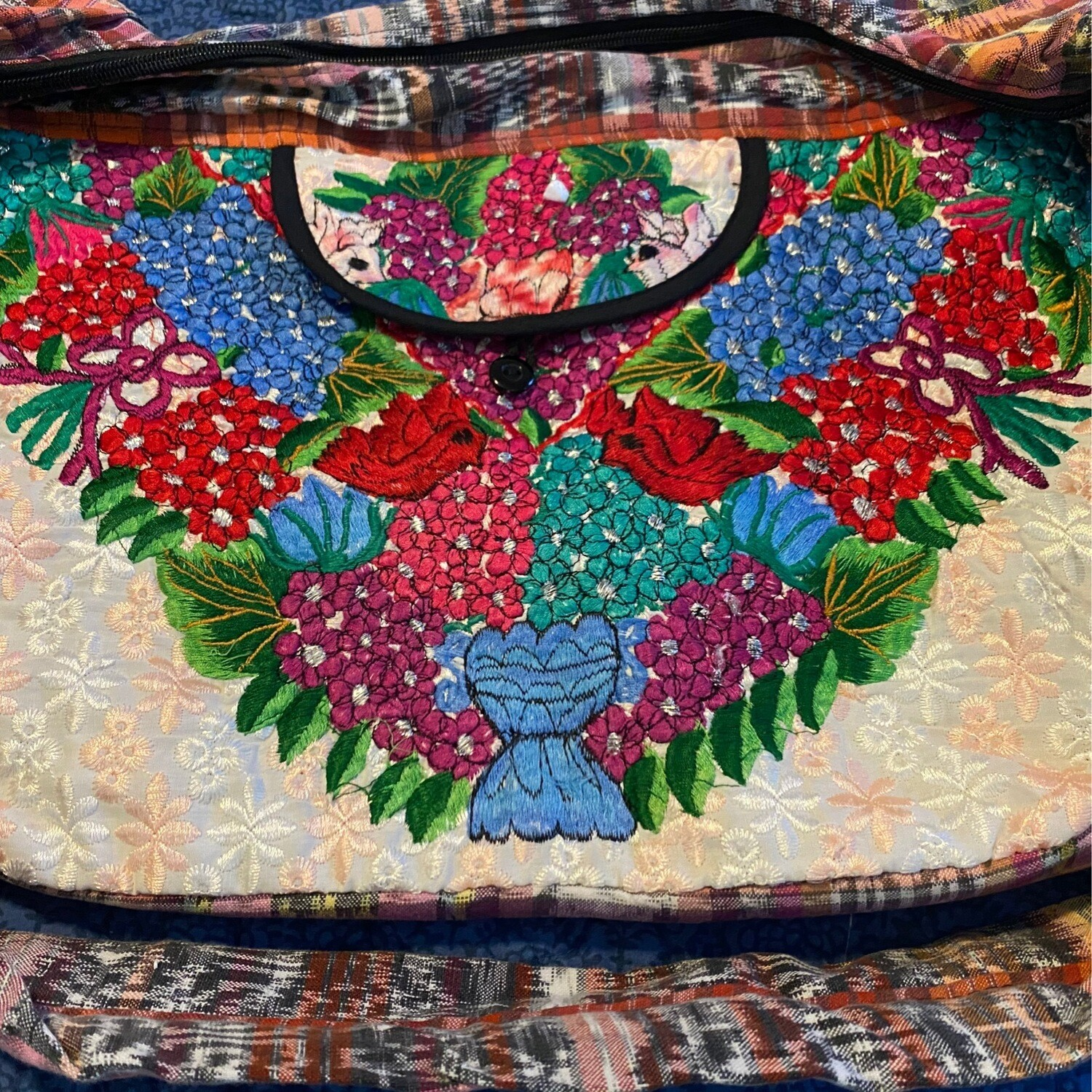 Embroidered Hand Bag Off White