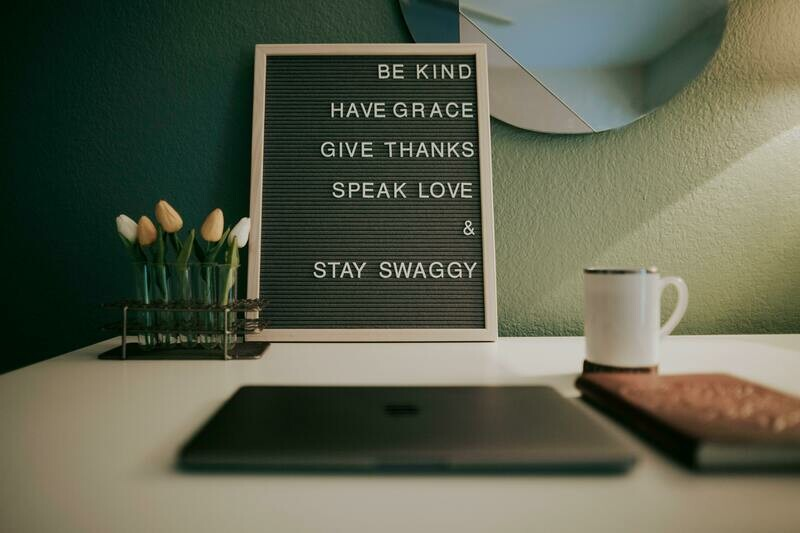 Digital Wallpaper- stay swaggy