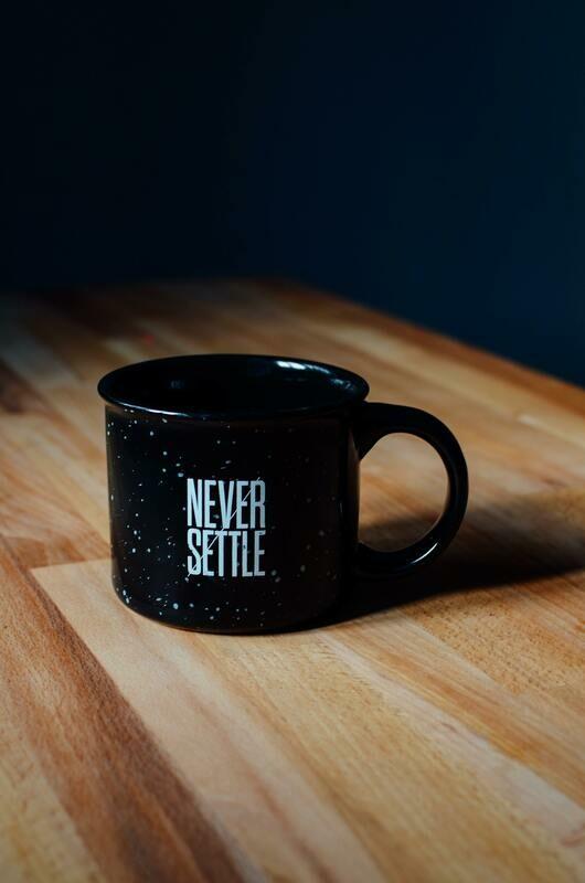 Digital Wallpaper- never settle