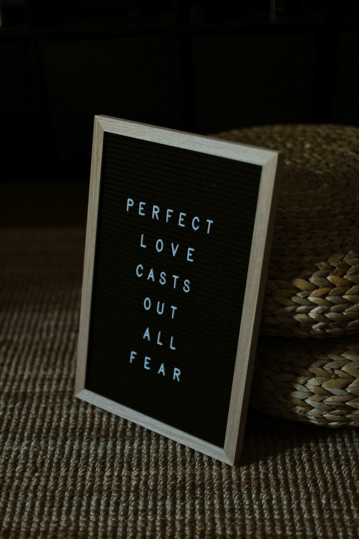 Digital Wallpaper- perfect love