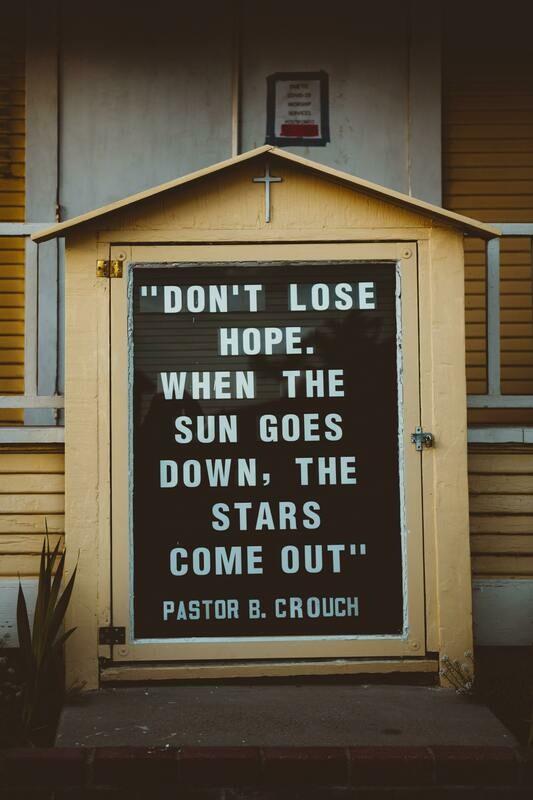 Digital Wallpaper- don't lose hope